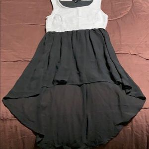Women's Pullover Dress. EUC